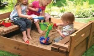 Место для песочницы: как выбрать нужный участок и установить форму для песка