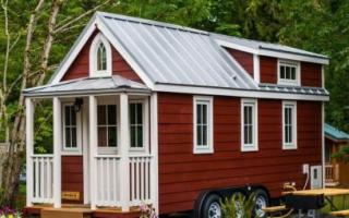 Садовый домик своими руками с верандой из бруса: строительство щитового дачного домика
