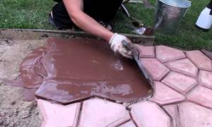 Форма для садовой дорожки своими руками: как изготовить опалубку для заливки бетонных дорожек + видео