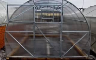 Теплица «Урожай» из поликарбоната – сборка и установка на видео
